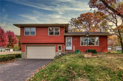 3057 WEDGEWOOD AVE, Eau Claire, WI 54703 - Photo 1
