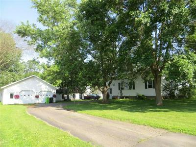 205 N LINCOLN ST, Thorp, WI 54771 - Photo 2