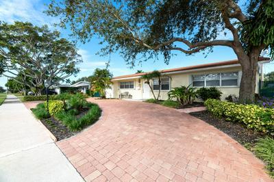 437 HARBOUR RD, North Palm Beach, FL 33408 - Photo 1