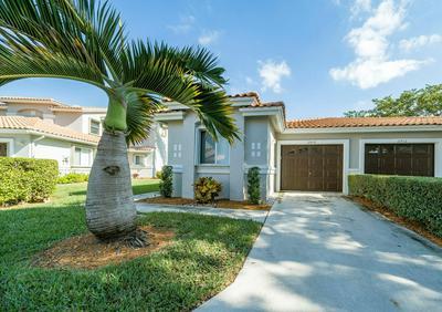 10430 LAKE VISTA CIR, Boca Raton, FL 33498 - Photo 2