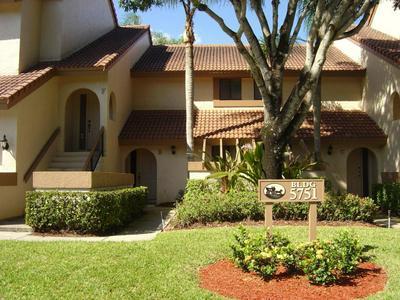 5751 COACH HOUSE CIR APT B, Boca Raton, FL 33486 - Photo 1