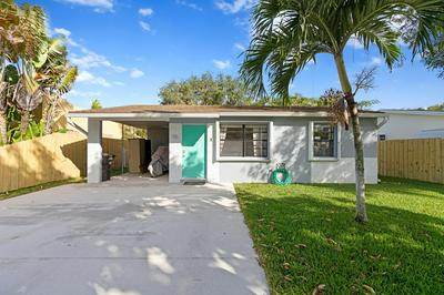 715 FRANKLIN RD, West Palm Beach, FL 33405 - Photo 1