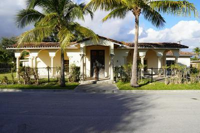 265 EDMOR RD, West Palm Beach, FL 33405 - Photo 2