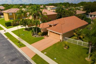 10903 CRESCENDO CIR, Boca Raton, FL 33498 - Photo 2