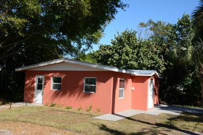 101 RIDGE PL, Fort Pierce, FL 34982 - Photo 2