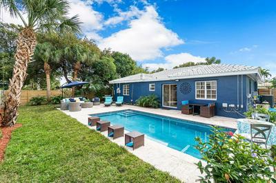 401 28TH ST, West Palm Beach, FL 33407 - Photo 2
