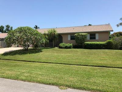 435 SE LAMON LN, Port Saint Lucie, FL 34983 - Photo 2