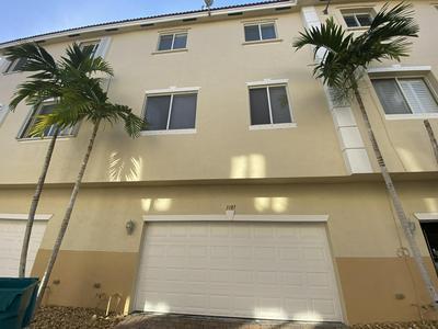 3187 N OASIS DR, Boynton Beach, FL 33426 - Photo 2