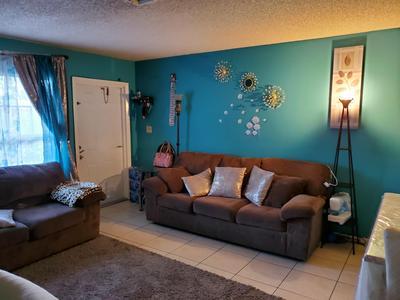 709 SKYLARK DR, Fort Pierce, FL 34982 - Photo 2