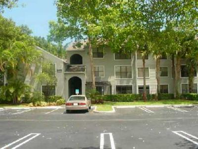 2313 N CONGRESS AVE APT 37, Boynton Beach, FL 33426 - Photo 1