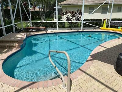 9162 BAY HARBOUR CIR, West Palm Beach, FL 33411 - Photo 1