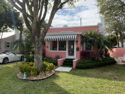 36 PALM SQ, Delray Beach, FL 33483 - Photo 1