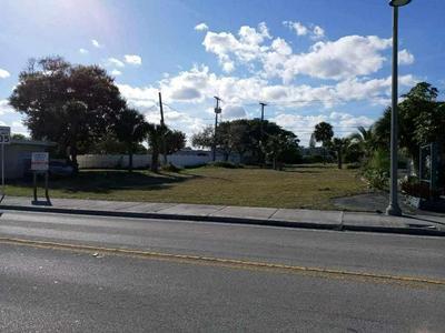 1621 S FEDERAL HWY, Lake Worth Beach, FL 33460 - Photo 1