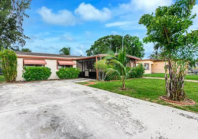735 HIBISCUS DR, Royal Palm Beach, FL 33411 - Photo 1