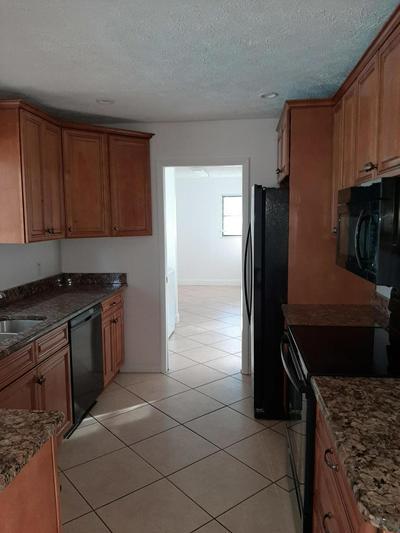 1622 SW SCHLEICHER LN, Port Saint Lucie, FL 34984 - Photo 2