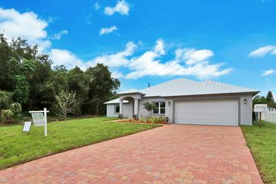 1064 SE FLORESTA DR, Port Saint Lucie, FL 34983 - Photo 2