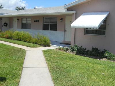 2303 LOWSON BLVD APT B, Delray Beach, FL 33445 - Photo 2