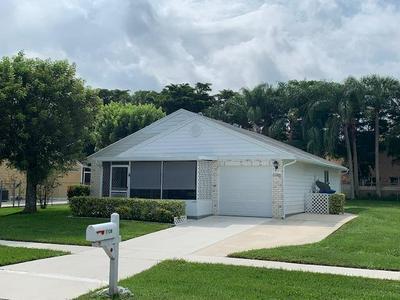 1136 GRANDVIEW CIR, Royal Palm Beach, FL 33411 - Photo 2