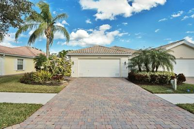 8783 SE RETREAT DR, Hobe Sound, FL 33455 - Photo 1