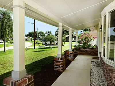 1565 SE PITCHER RD, Port Saint Lucie, FL 34952 - Photo 2