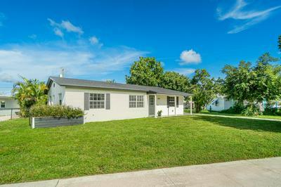 1616 OSBORNE CIR, Lake Worth, FL 33461 - Photo 2