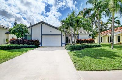 10179 CAMELBACK LN, Boca Raton, FL 33498 - Photo 2