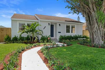 614 S E ST, Lake Worth Beach, FL 33460 - Photo 1