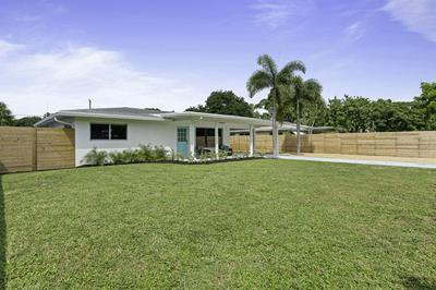918 SE 3RD AVE, Delray Beach, FL 33483 - Photo 1