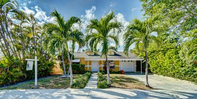 1221 N M ST, Lake Worth Beach, FL 33460 - Photo 1