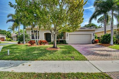 61 LAKE EDEN DR, BOYNTON BEACH, FL 33435 - Photo 1