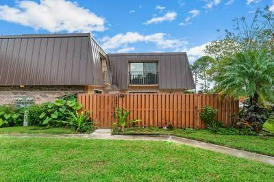5647 SE WINDSONG LN, Stuart, FL 34997 - Photo 1