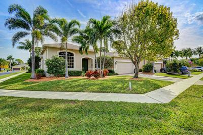 61 LAKE EDEN DR, BOYNTON BEACH, FL 33435 - Photo 2