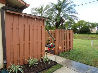 1111 SUMMIT PLACE CIR APT C, West Palm Beach, FL 33415 - Photo 1