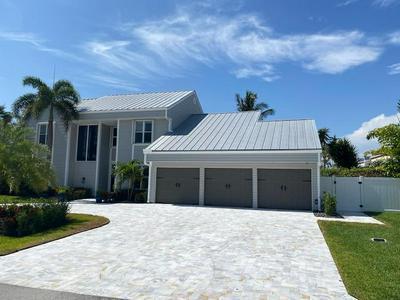 910 JASMINE DR, Delray Beach, FL 33483 - Photo 2