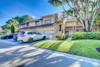 5521 COACH HOUSE CIR APT F, Boca Raton, FL 33486 - Photo 2