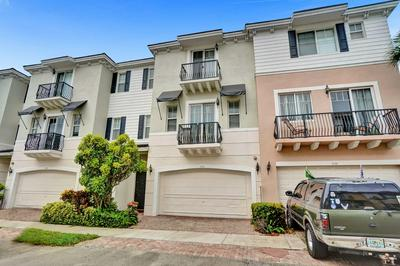 532 NW 39TH CIR, Boca Raton, FL 33431 - Photo 2