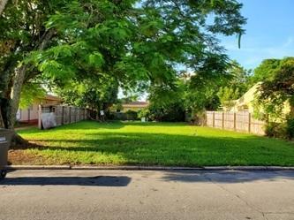 944 MCINTOSH ST, West Palm Beach, FL 33405 - Photo 1