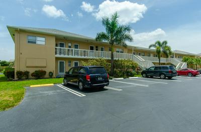 2101 NE 1ST CT APT 102, Boynton Beach, FL 33435 - Photo 2