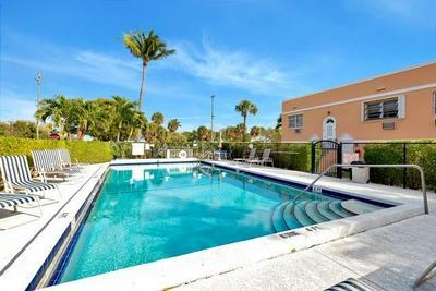 15 S GOLFVIEW RD APT 304, Lake Worth Beach, FL 33460 - Photo 1