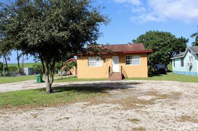1077 E MAIN ST, Pahokee, FL 33476 - Photo 2