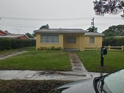 1035 ANDREWS RD, West Palm Beach, FL 33405 - Photo 1