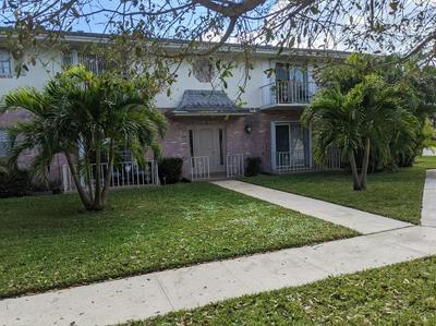2035 S SEACREST BLVD APT D, Boynton Beach, FL 33435 - Photo 1