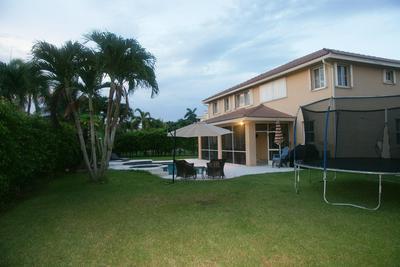 1009 HIGHLAND MEADOWS DR, Weston, FL 33327 - Photo 2