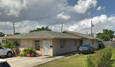 525 CHURCHILL RD, West Palm Beach, FL 33405 - Photo 2