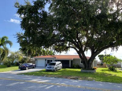 5950 LAKE OSBORNE DR, Lake Worth, FL 33461 - Photo 2