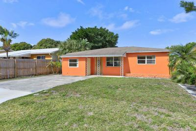 411 SW 9TH AVE, BOYNTON BEACH, FL 33435 - Photo 2
