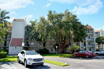 3050 PRESIDENTIAL WAY APT 401, West Palm Beach, FL 33401 - Photo 1