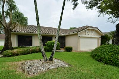 7911 CLOVERFIELD CIR, Boca Raton, FL 33433 - Photo 2