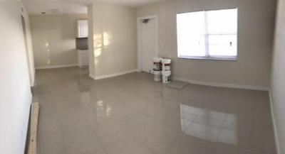 817 S FEDERAL HWY APT 6, Lake Worth Beach, FL 33460 - Photo 2