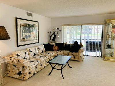 10215 N CIRCLE LAKE DR APT 102, Boynton Beach, FL 33437 - Photo 2